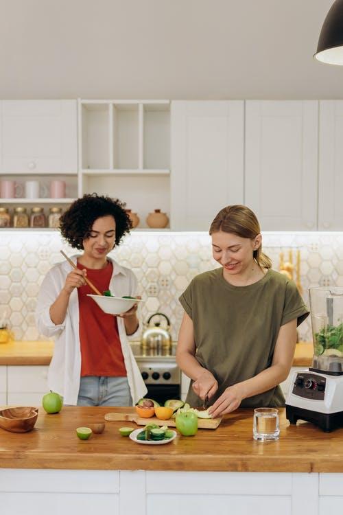 ženy vaří