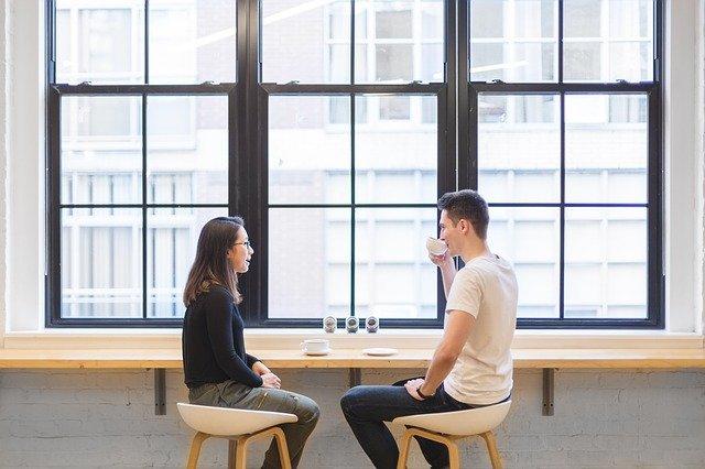 rozhovor dvou lidí