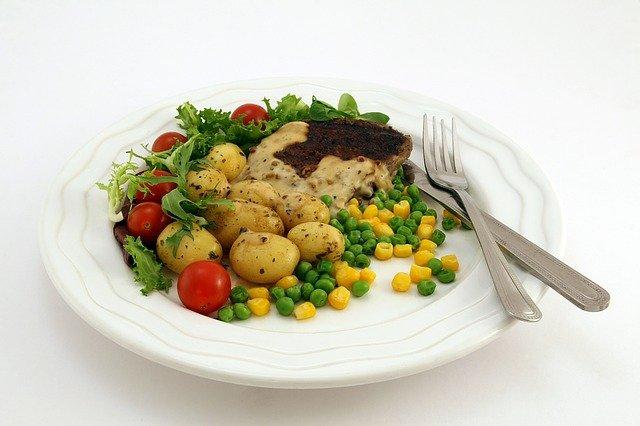maso se zeleninou.jpg