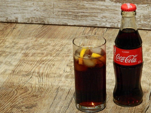 coca cola s citronem.jpg
